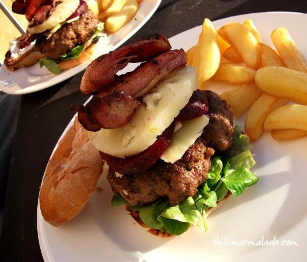 Aussie style beef burger bbq